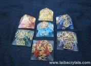 7 Chakra orgone Engrave USAI Reiki pyramid sets